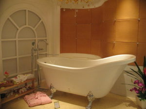 GFK1700_clawfoot_bathtub